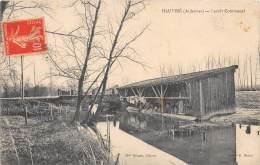 08 - ARDENNES / 08964 - Hauviné - Lavoir Communal - Défaut - France