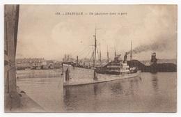 50 MANCHE - GRANVILLE Un Chalutier Dans Le Port - Granville