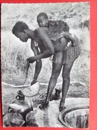 Afrique ,nord Cameroun, Jeune Femme Prenant De L'eau En Pays Fali - Cameroon