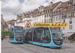 Tramways Urbos CAF, à Besançon (25)  - - Besancon