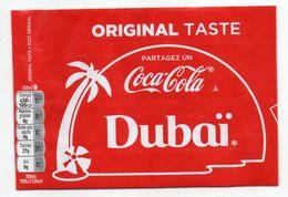 """Pub --  Publicité COCA-COLA  Sur étiquette De Bouteille  """" Partagez Un Coca-Cola à  DUBAI """" - Coca-Cola"""