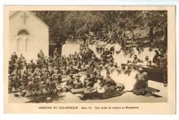18087  CPA   Missions Du SUD AFRIQUE : LESOTHO  ; Une école De Couture Au Basutoland   ACHAT DIRECT - Lesotho