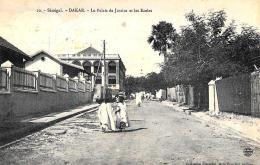 [DC9105] CPA - AFRICA - SENEGAL - DAKAR - LE PALAIS DE JUSTICE ET LES ECOLES - ANIMATA - Viaggiata - Old Postcard - Senegal