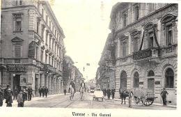 [DC9128] CPA - VARESE - VIA GARONI - ANIMATA - Viaggiata - Old Postcard - Varese