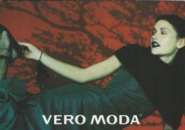 """Ladies Fashion.  Vero Moda.  """"Christmas Card""""    # 07101 - Fashion"""