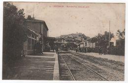 CPA 04 : 54 - SISTERON - Arrivée D´un Train En Gare - Ed. Clergue - - Sisteron