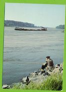 LAUTERBOURG - La Pêche Au Bord Du Rhin Pêcheur à La Ligne Péniche Binnenschiffe - Lauterbourg