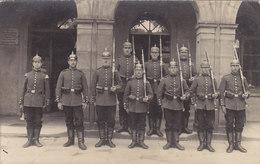 Foto Löwenberg Lwowek Slaski Schlesien Wache Vor Rathaus Infanterie Regiment 155  1915 Deutsche Soldaten 1.Weltkrieg - Schlesien