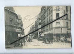 CPA  Abîmée - 5 - Levallois - La Rue De Courcelles - Levallois Perret