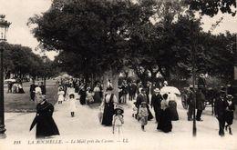 LA ROCHELLE -17- LE MAIL PRES DU CASINO - La Rochelle