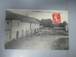 """CPA 78 RAMBOUILLET """"LA RUCHE """" FERME COUR - Rambouillet"""