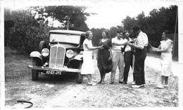AUTOMOBILE-PHOTO- UNE RENAULT VIVAQUATRE - Automobile