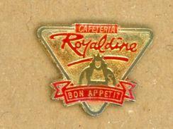 L# - PIN´S:  CAFETARIA ROYALDINE - Food