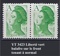 """FR Variétés YT 2423 """" Liberté Vert """" Balafre Sur Le Front - Errors & Oddities"""