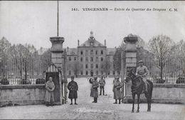 MIL-013 - VINCENNES - ENTREE DU QUARTIER DES DRAGONS - Vincennes