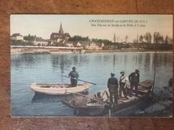 Châteauneuf Sur Sarthe La Pêche à L Alose Pêcheurs Navigation Batellerie Mariniers Bateau Gabare Barque - Chateauneuf Sur Sarthe