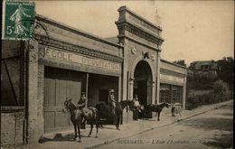 14 - HOULGATE - Ecole D'équitation - Houlgate
