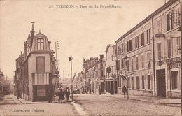 18 Cher  :   Vierzon  Rue De La République    Réf 3417 - Vierzon