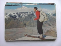 Nieuw Zeeland New Zealand Man On Ski Mount Cook National Park - New Zealand