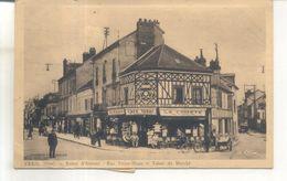 Creil, Route D'Amiens, Rue Victor Hugo Et Tabac Du Marché - Creil
