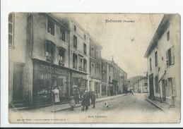 Cpa 88 Bruyeres Rue Léopold Thiriot Coiffeur - Bruyeres