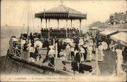 14 - CABOURG - Kiosque - Cabourg