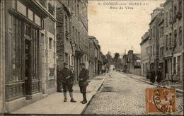 14 - CONDE-SUR-NOIREAU - Militaires - France