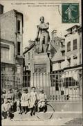 14 - CONDE-SUR-NOIREAU - Statue - Amiral Dumont D'Urville - France