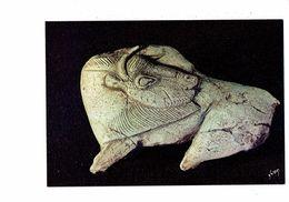 24 - Les Eyzies - Musée Préhistoire - Bison Se Léchant Le Flanc - Ivoire Sculpté Gravé - - Animaux & Faune