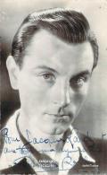 Autographe - Georges Rollin 1943, Pathé Cinema (petit Mot Au Dos) - Autographes