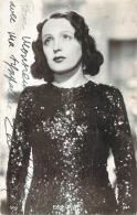 Autographe - Edith Piaf, Photo Vog - Autografi