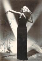 Autographe - Nila Cara, Photo Studio Harcourt - Autographes