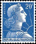 N° 1011B ** - France