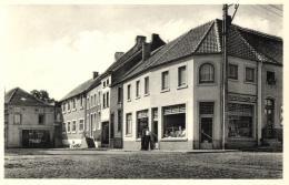 BELGIQUE - BRABANT WALLON - GREZ - GREZ-DOICEAU - Parvis St-Georges (épicerie Adolphe Delhaize & Cie) - Grez-Doiceau