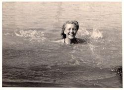 Vintage Girl Original Photo - Pin-Ups