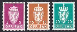 NORVEGIA - NORGE - 1955/1982 - Lotto 3 Valori Nuovi MNH, Yvert Servizio 67, 107 E 111. - Service