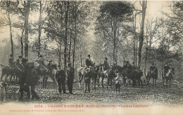 CHASSE A COURRE  FORET DE CHANTILLY PENDANT L'ATTAQUE - Hunting