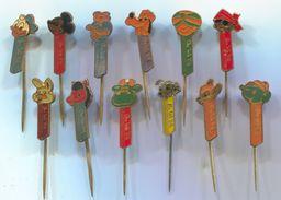 WALT DISNEY - PEZ, Vintage Pin Badge, Abzeichen, 12 Pcs - Disney