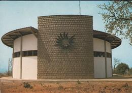 AFRIQUE---RARE---TOGO--DAPAONG--maison De Prière DALWAK---façade De L'église--voir  2 Scans - Togo