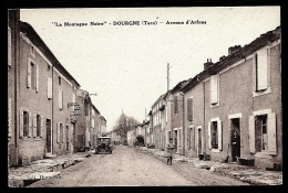 CPA ANCIENNE FRANCE- DOURGNE (81)-  AVENUE D'ARFONS EN GROS PLAN- ANIMATION- AUTO ANCIENNE- HOTEL COSTE - Dourgne