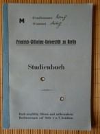 Studienbuch Medizin Von 1939 Universität Berlin, Mit Lichtbild Und Einigen Eintragungen - Documents Historiques