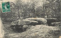 -depts Div.-ref-TT812- Val D Oise - Foret De Carnelle - La Pierre Turquoise N°2 - Megalithes - Dolmen Et Menhirs - - Altri Comuni
