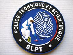 RARE INSIGNE TISSUS PATCH DE LA POLICE NATIONALE POLICE TECHNIQUE ET SCIENTIFIQUE SLPT (PVC VARIANTE BLEU) SUR VELCROS - Police
