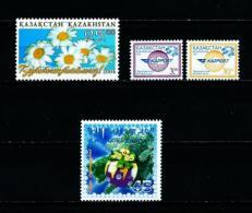 Kazajstán  Nº Yvert  409-410/11-412  En Nuevo - Kazajstán