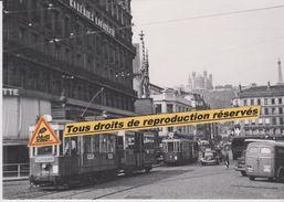 """Rames """"Buire"""" Des Tramways Dans Le Centre-ville, à Lyon (69) - - Altri"""