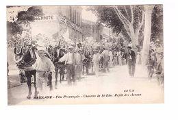 13 Maillane Fête Provençale Charette De St Eloi Défilé De Chevaux Ornementés Devant Ecole Laique Communale Cpa Animée - France