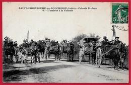 CPA 36 SAINT-CHRISTOPHE-en-BOUCHERIE Indre - Colonie St-Jean - 9 L'arrivée à La Colonie * Attelages - Andere Gemeenten