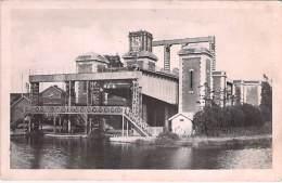 INDUSTRIE Usines - 62 - ARQUES : Ascenseur Des Fontinettes - CPA ( Usine Entreprise Industry ) Pas De Calais - Industrie
