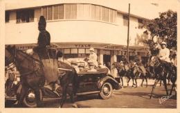 SENEGAL  DAKAR   VISITE DU GENERAL WEYGAND - GOUVERNEUR GENERAL BOISSON - Sénégal