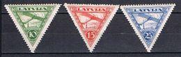 Poste Aérienne Avion Survolant Riga N°3 4 Et 5 - Lettonie